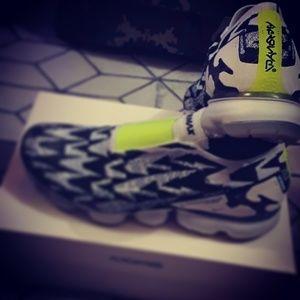 ACRONYM Nike
